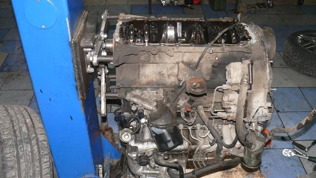 поддон двигателя Тойота