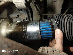 Смазка шлицевой части кардана - Тойота Секвойя и Тойота Тундра.