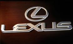 Lexus в Детройте 11 января